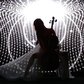 Yara cello & dance performance