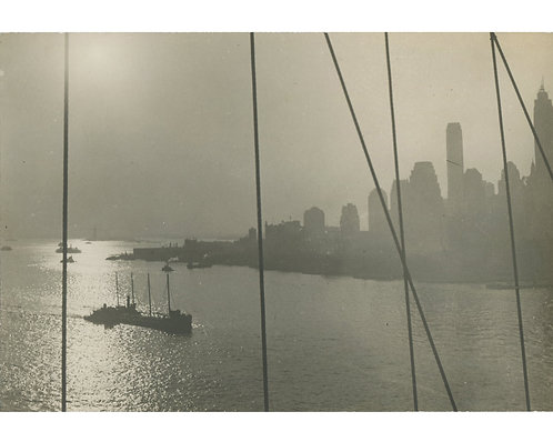 "PHOTOGRAPHE ANONYME (c.1930) - ""View from Brooklyn Bridge"""