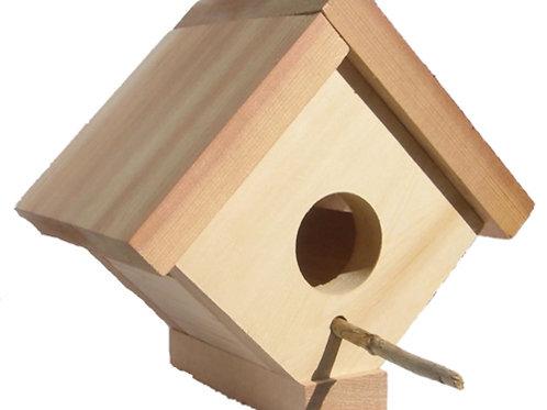 Cedar-bird-house-catalog-numbe-bh05
