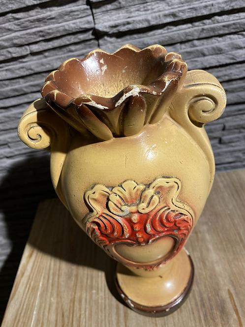 Dikke gipsen vaas in mooie vintage staat
