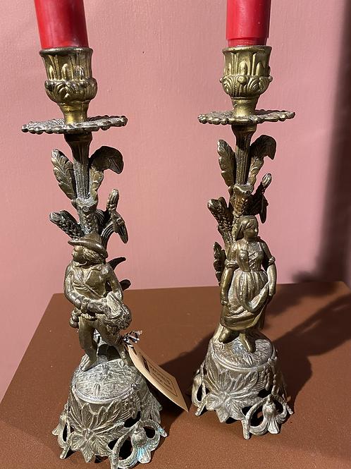 Set oude zware bronzen kandelaars