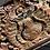 Thumbnail: Decoratieve standaard met oud houdsnijwerk