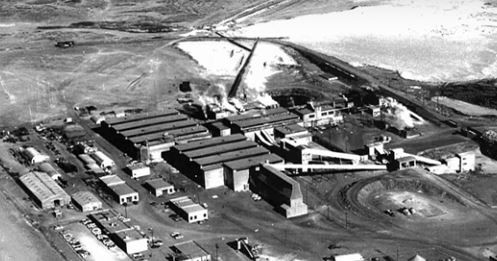 Blue Water Mine and leach pond in 1957