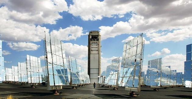 Sandia Labs' Solar Power Tower and Mirrors