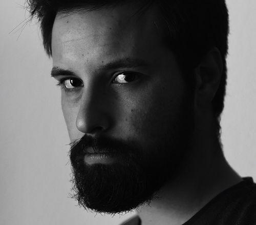 JOVEM Portrait.jpg