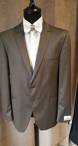 (8)costume 2 pièces 495€-50%