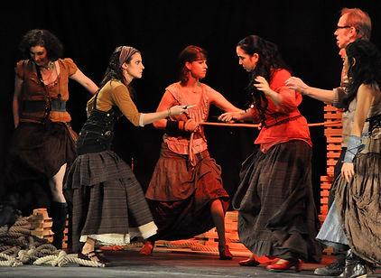 Carmen mit Christina Baader, Carla Beiersdörfer, Annette Maye, Carrie Dimaculangan, Aroa Soorin, Martin Kübert und Flamenco Orchester