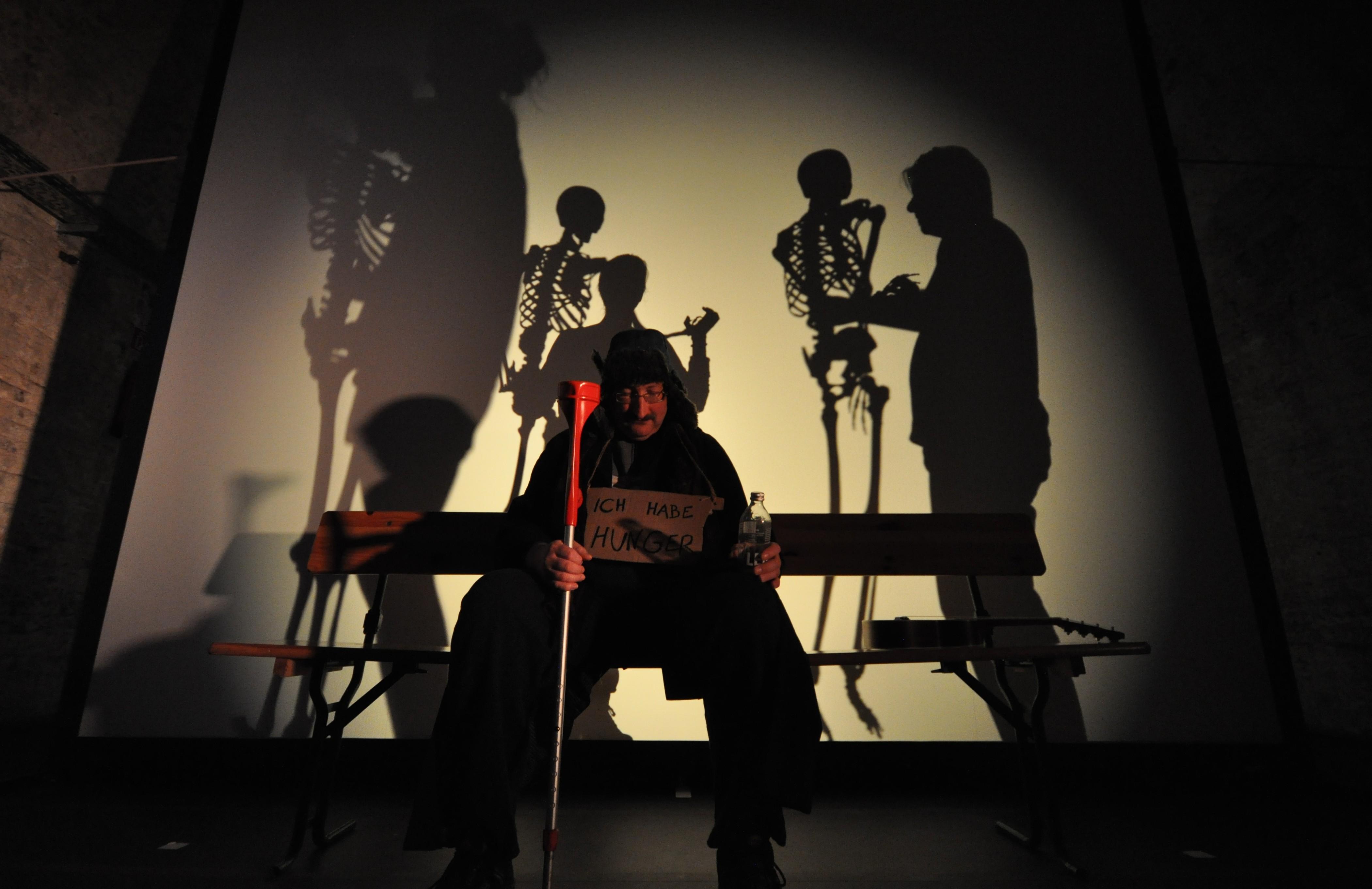 im Schatten der Anderen 13 Alter & Totentanz 0580