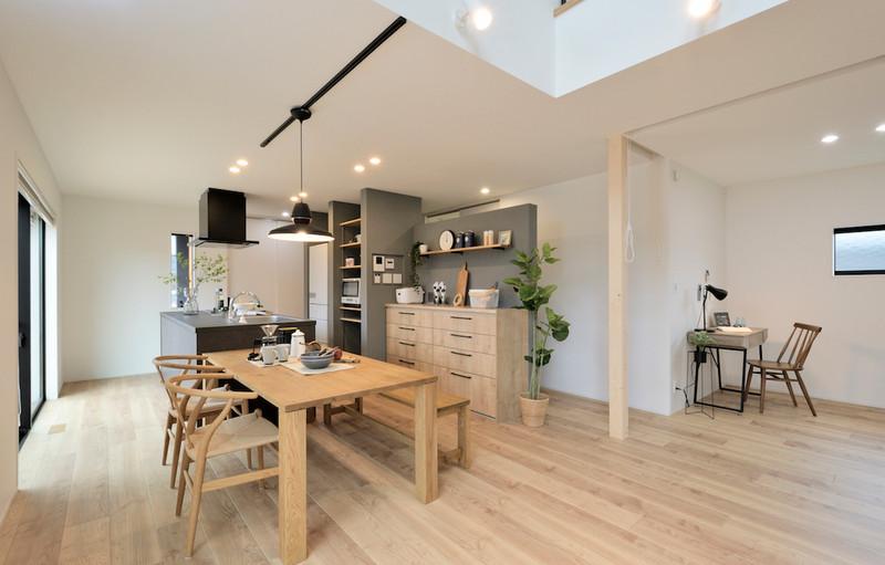 縦横に広がる大空間でも高い機密・断熱性で快適に暮らせる家
