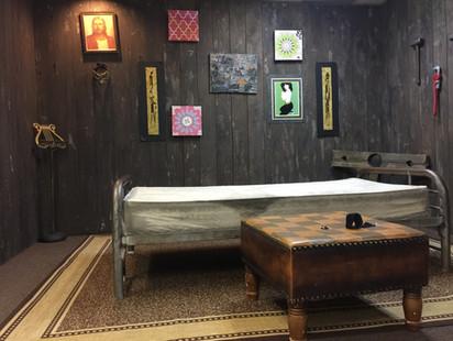 murder cabine