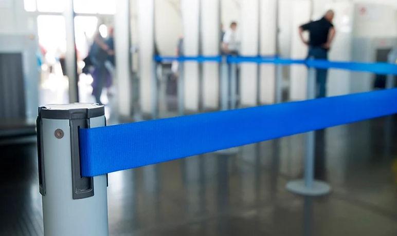 beveiliging met blauw lint.jpg