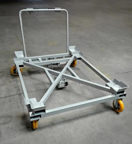 Podvozok pre palety s rozmerom 1000x1000 a 1200x1000 s pomocným elektrickým kolieskom TENTE e-Drive