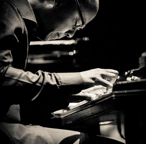 TRUE THINK Robert Mitchell piano.jpg