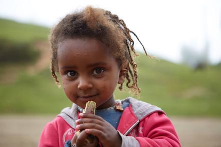 Niña Banna. Valle del Omo. Etiopía