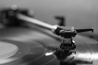 Don't Let These Labels Do You - A Basic Guide Through a Record Deal!