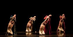 Five dances against violence