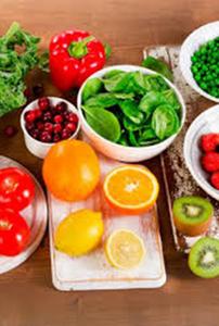 ¿Qué frutas y verduras  contienen más vitamina C?