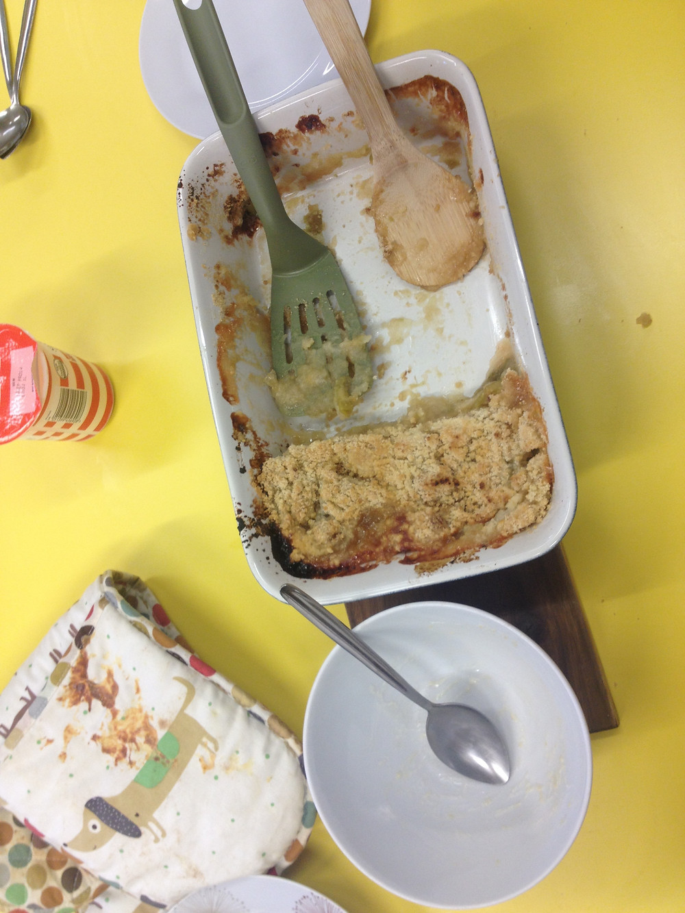 Apple crumble after