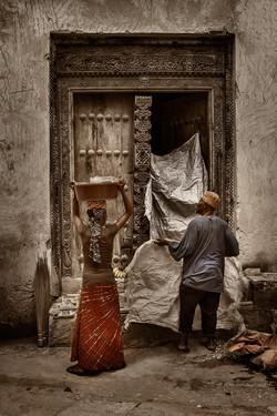 03_ZanzibarDoor_Ver2NoBag_LORES_MG_0374.jpg