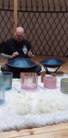 Yurt: healing sound therapy