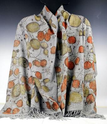 cashmere shawl grey w smokebush euc IMG_