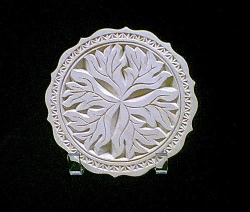 Chip carved leaf plate