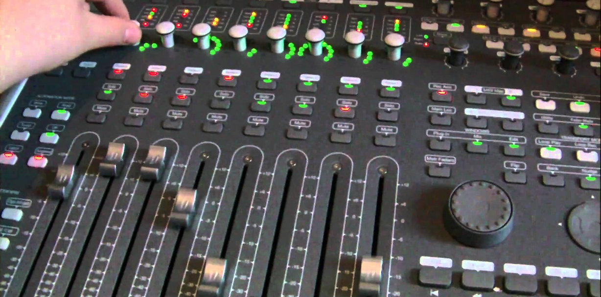 Avid mixing Console