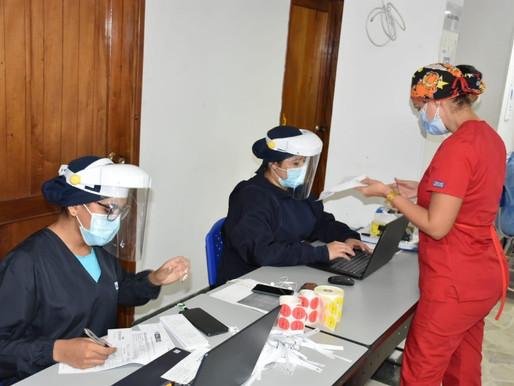 2.376 dosis de Pfizer fueron aplicadas al personal de primera línea de salud en Ibagué