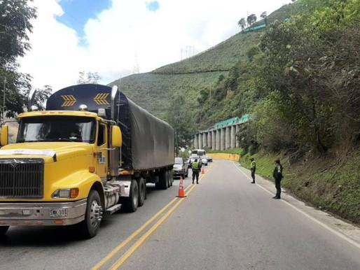 Estricta vigilancia por parte de las autoridades en la vía a la Línea durante esta Semana Santa