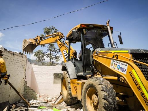 Autoridades demolieron dos viviendas utilizadas como expendio de estupefacientes en Ibagué
