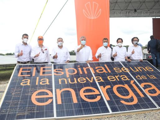 Celsia inaugura en Espinal la primera granja solar del Tolima que genera 9,9 megavatios de energía.