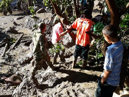 El Ejercito Continua la búsqueda de cinco desaparecidos de tragedia en Chaparral, Tolima.