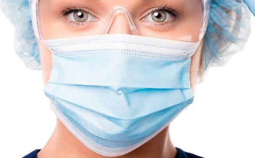 5 tips para solucionar los daños que causa el tapabocas en la piel