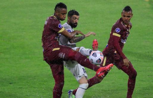 Tolima empató con Emelec y continúa sin triunfos en la Sudamericana