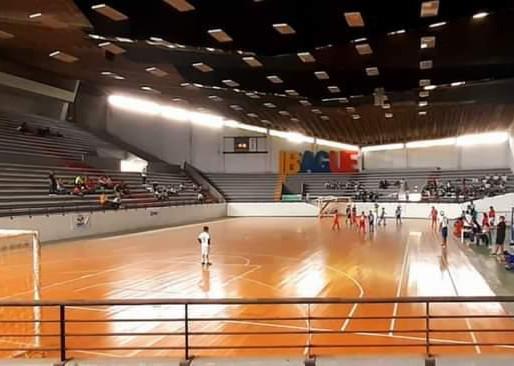 Coliseo de La 42 abrió nuevamente sus puertas con el Festival Nacional de Fútbol de Salón
