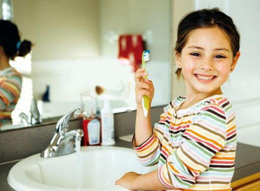 Cinco recomendaciones para cuidar la salud bucal de los niños en Halloween