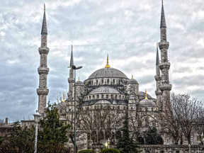 ISTANBUL: THE BORDER BETWEEN TWO WORLDS