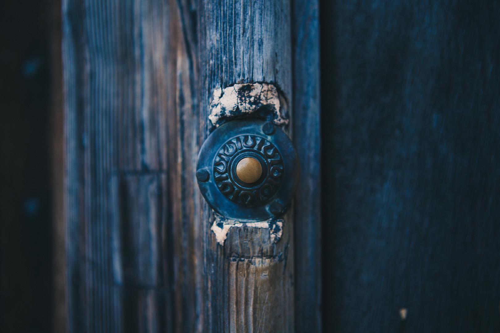 bell-door-doorbell-1978.jpg