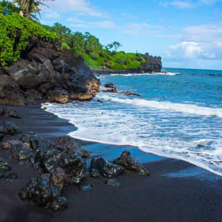 Black Sand Beach in Maui