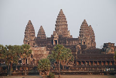 Timo-Hakola-Nice-Tours-Kambodza-Angkor-W