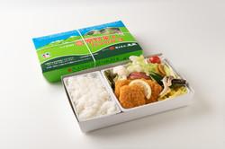 高原野菜とカツの弁当(¥1,000税込)