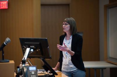Dr. Bruin presents at OIRM Symposium