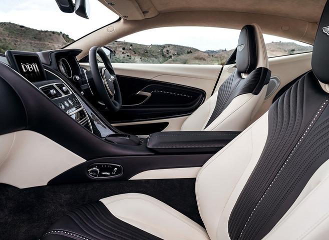 Aston Martin DB11 - 2.jpg