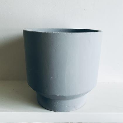 Smooth Grey Concrete Pot