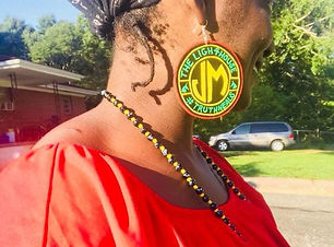 jm-jewelry-with-woman2.jpg