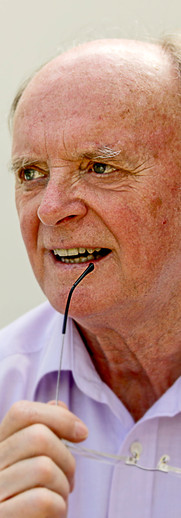 Richard Elfyn Jones