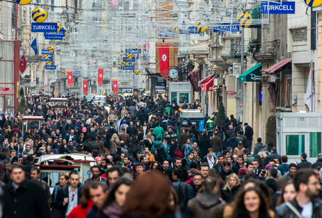 Istiklal Caddesi On A Normal Weekend - Beyoglu, Istanbul, Turkey