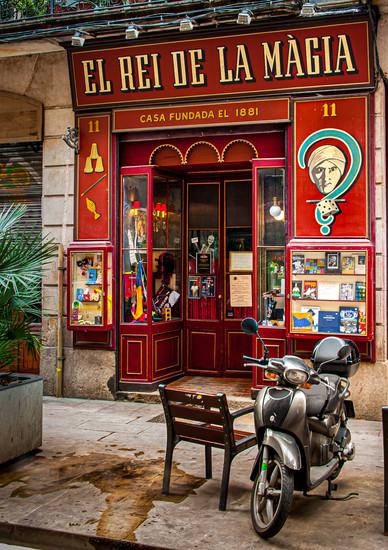 The King of Magic - Barcelona, Catalonia, Spain