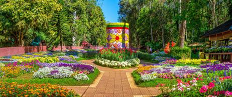 025Pyin Oo Lwin Gardens Pano1.jpg