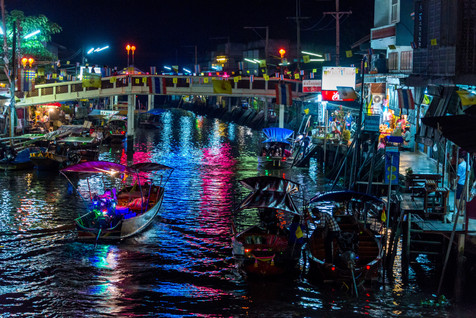 Floating Market at Night - Damnoen Saduak, Ratchaburi